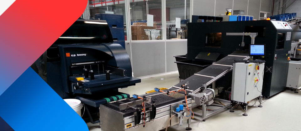 TXE Barcode-controlled automatic size-changing for 3-side trimmers
